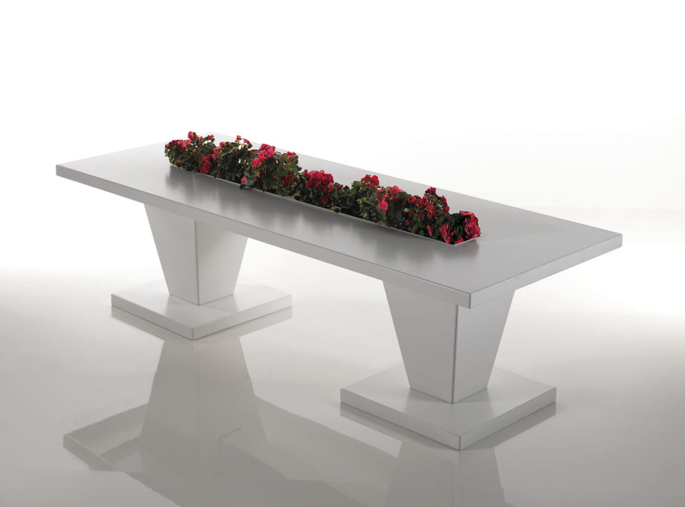 Canopo Rectangular aluminum Table