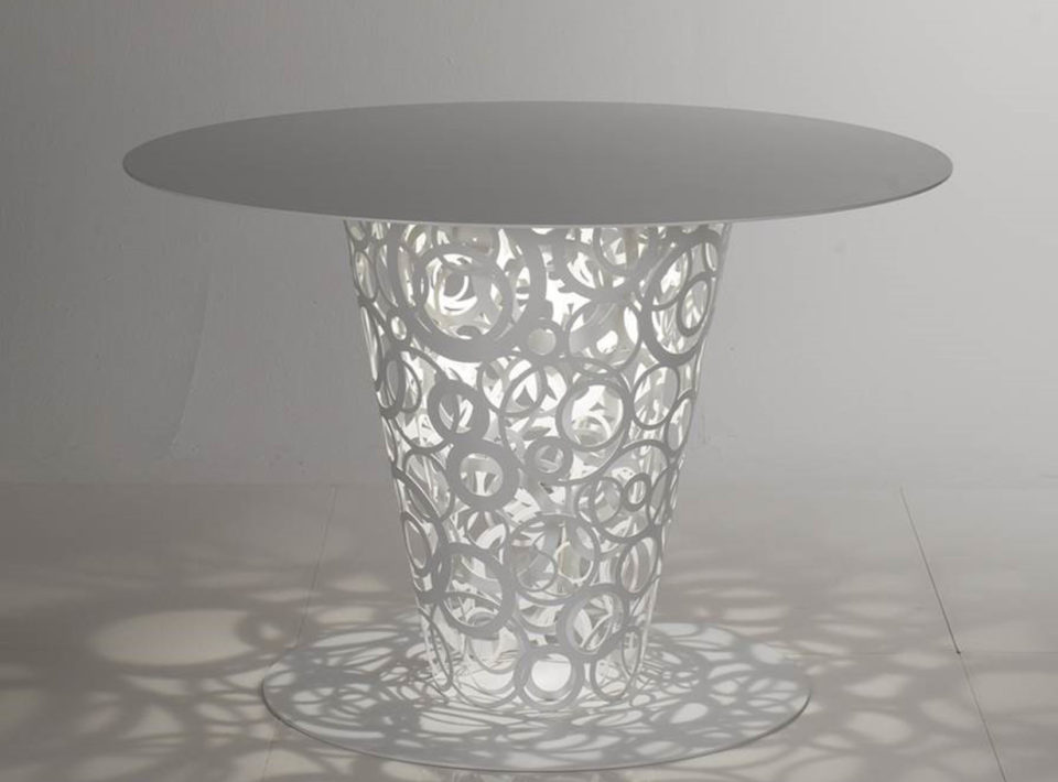 Fra table in aluminum